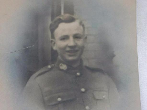 John (Ernest AJ) Smith (1919-1942)